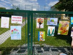 Galerie na plotě